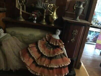 Antique circa 1870 3.5 inch China Doll House Doll, beautiful condition.