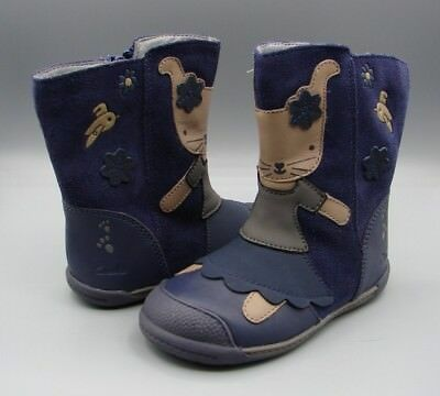 """""""IVA FRIEND FST""""Clark's Girl's Navy Leather Boots size 5 G"""