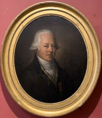 FINE 18th CENTURY FRENCH OVAL PORTRAIT DECORATED GENTLEMAN WITH MEDAL - FRAMED