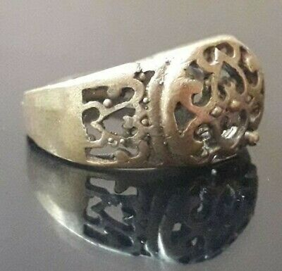 Old Ornament Finger Ring Medieval Type Very Rare Roman Design Artifact Bronze