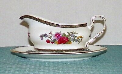 Royal Albert England Paragon Tree of Kashmir 10 oz. Gravy Boat & Underplate EXC.