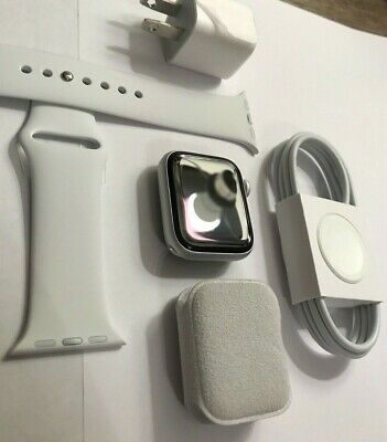 Brand NEW Apple Watch Series 5 FIVE 40mm Silver Aluminum Case White Band 2020