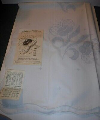 """Vintage Vogart #920B Stamped Embroidery Tablecloth 52"""" x 70"""" Floral Flowers"""