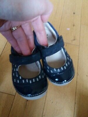 Girls Clarks First Shoes Blue Leather UK 4G Infant