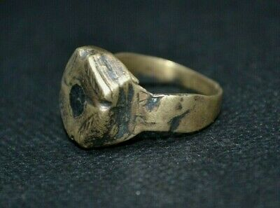 Ancient Viking Old Bronze FABULOUS STATUS Ring Runic Ornament VERY RARE wearable