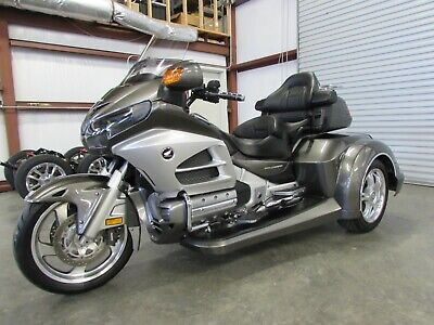 2013 Honda Gold Wing  2013 HONDA GOLDWING GL1800 NEW  ROADSMITH HTS1800 TRIKE WITH RUNNING BOARDS