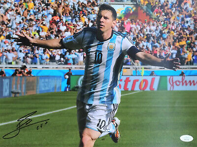 Lionel Messi Signed 12x16 Photo JSA Certified Authentic Autograph