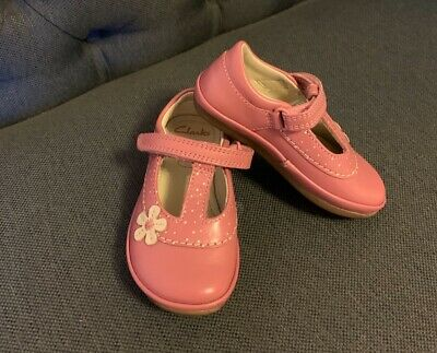 Clarks Pink Leather Elza Delia First Shoe Size 4.5F with floral design