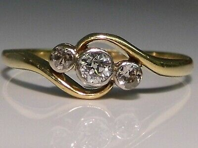 Lovely Antique Art Deco 18ct Gold Three Stone Diamond Crossover Ring Size T 1/2