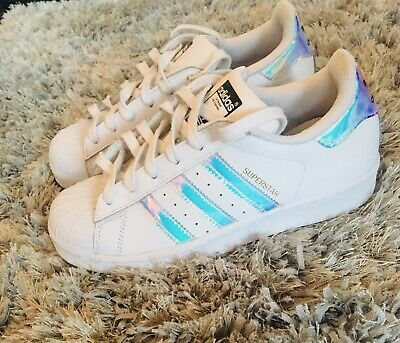 ADIDAS SUPERSTAR TRAINERS SIZE 3 Ladies/Girls IMMACULATE