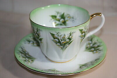Lovely Vint Royal Albert bone china cup saucer set - Dainty Dina Series - Anne