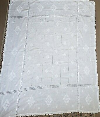 Vintage white woven mid century modern embroidered tablecloth geometric floral