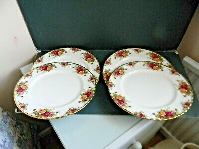 Four Royal Albert Old Country Rose Dinner Plates