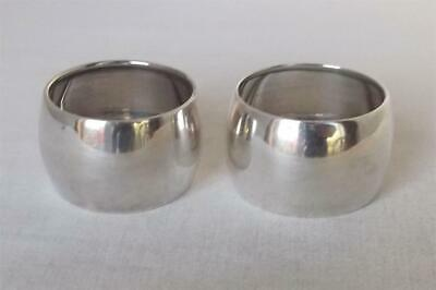 A Superb Antique Pair Of Solid Sterling Silver Barrel Shaped Napkin Rings 1914.