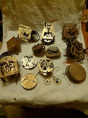 Joblot Of Old Small Clock Movements For Spares Or Repairs