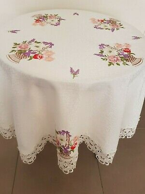 Round 160*160cm Embroidered Basket Of Flowers Design Polyester LaceT/Cloth