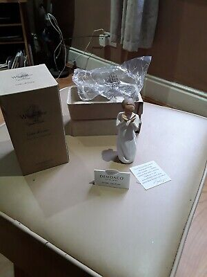 "BNIB willow Tree "" Lots Of Love"" Pottery Figurine"