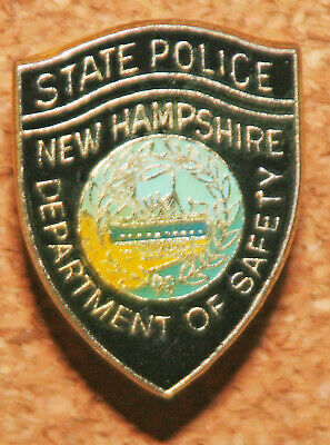 New Hampshire Dover Police Department Mounted Patrol Unit Collar Brass Set
