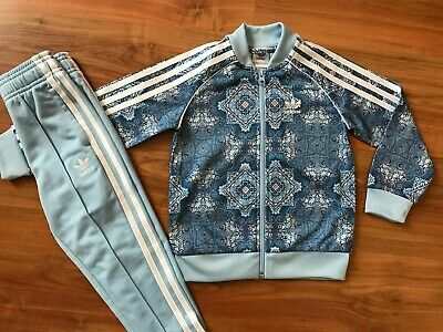 Girls BLUE Patterned ADIDAS ORIGINALS TRACKSUIT (age4-5) *GREAT COND*