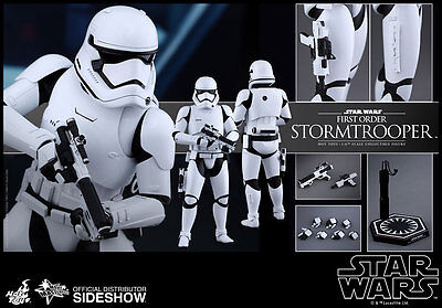 1/6 Star Wars First Order Stormtrooper Movie Masterpiece by Hot Toys 902536