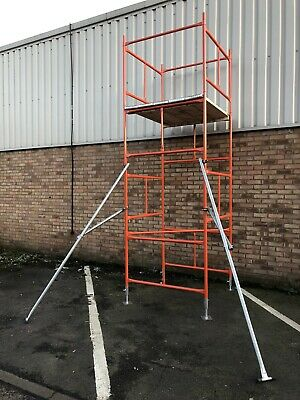 2 X Scaffold Tower Outriggers / Stabilisers