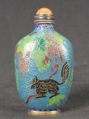 Chinese Two Squirrels Grapes Pattern Handiwork Cloisonne Snuff Bottle