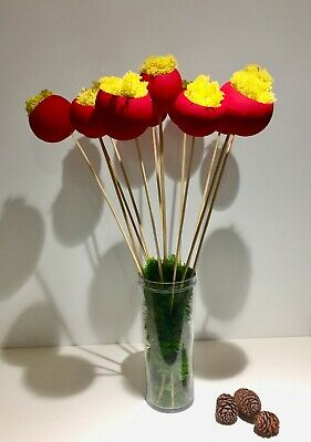 7 x FLOWERS - 5cm Art de Moss®  Red Bell Cup Flower with Real yellow moss