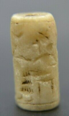 Rare Early white hardstone seal, 3500 bc