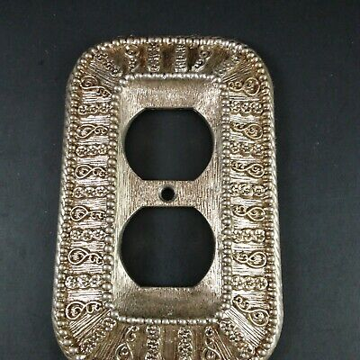 Vtg.  American Tack Hardware '68 Style  Contessa-50D Outlet Cover Antique Gold
