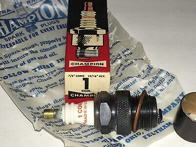 NEW IN ORIGINAL PACKAGE CHAMPION SPARK PLUG 195  XEJ-11.
