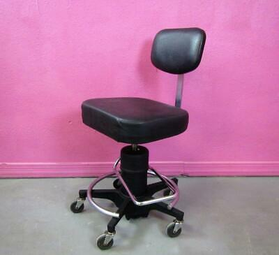 """Reliance Dentsply 548 Hydraulic Surgeon Stool Chair Surgical Dental 18""""-26"""""""