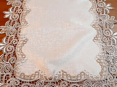 Polyester 40cm× 180cm Camel Lace Table-Runner