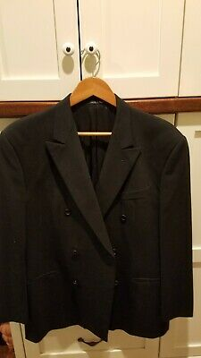 Armani Collezioni Men's Suit Jacket. Made in Italy. 100% Wool, Double Breasted