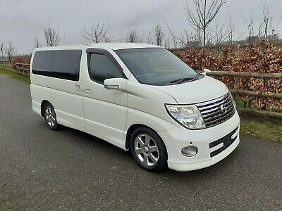 Nissan Elgrand Highway Star 3.5 V6 Auto.  2007