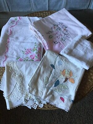 LOT of 33 Vintage Tablecloths / Table Runners Embroidered and Printed