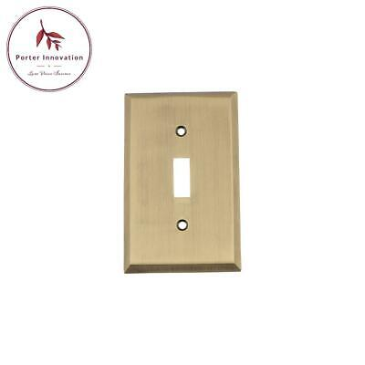 New York Switch Plate With Single Toggle In Antique Brass
