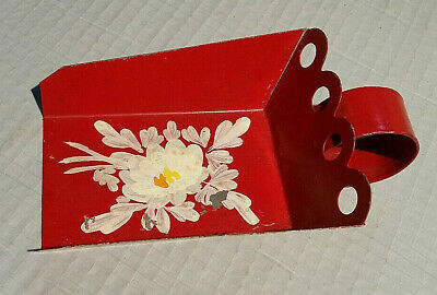"""Small 4"""" x 3"""" Vintage Tin Tole Scoop, Red in Color with Floral Pattern Nice Cond"""