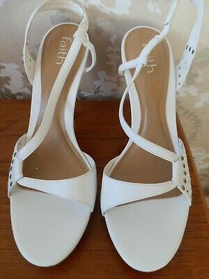 BNWOT Faith White Leather Sandals / Shoes Size UK 9