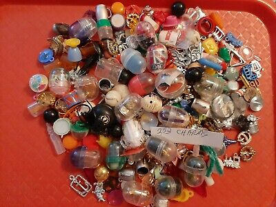 Vintage Gumball/Vending/Dime Store Charms/Toys Lot Of 253