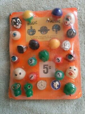 Vintage Gumball 5 Cent Scary/Monster Magic Motion Charms/Toys/Ring Display Card