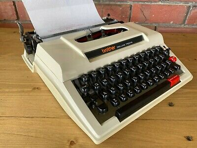 Vintage/Retro Brother Deluxe 750Tr Portable Typewriter In Case, Collectable