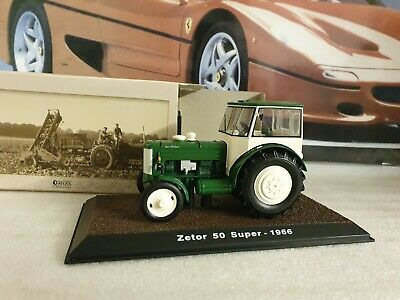Atlas Editions - Tractor Collection - 1966 Zetor 50 Super - 1/32 Scale Model