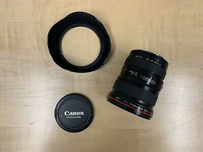 Near Mint Condition Canon EF 17-40 mm f/4 L USM Lens and Lens Hood