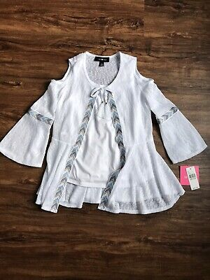 NWT Amy Byer Girls White 3/4 Sleeve Shirt With Cut Out Shoulders, Size Kids M