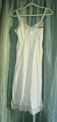 Vintage Komar Lingerie Size 32 White Floral Slip With Tags New Old Stock No Res