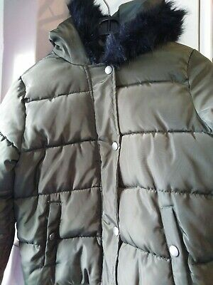 Girls YD Khaki Green Puffa Coat 11-12 years. Faux fur