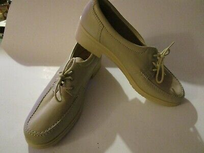 New Rohde 6 39 Cream Leather  Lace Up Rubber Sole & Heel Easy Wear Comfort Shoes