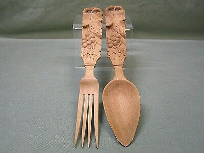 Pair Of hand carved art wood Grape and leaf sculpture decorative Fork & Spoon