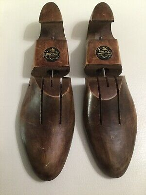 Vintage Walk-Over Wooden Shoe Tree, Hinged, Size 3 Free Priority Shipping