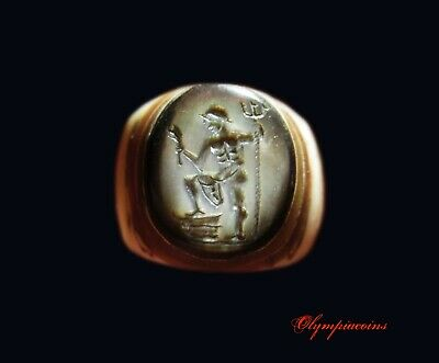 ** EXTREMELY RARE ** Ancient Roman MOTHER OF PEARL ring ** NEPTUN  **